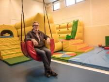 Na 42 jaar onderwijsontwikkeling gaat Cor van Hoof uit Son met pensioen