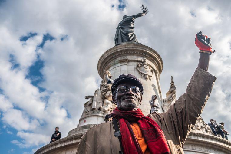 De manifestatie op het Place de la République is een rustige aangelegenheid. Beeld Joris Van Gennip