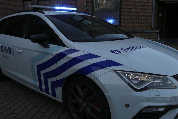 De politie trok het rijbewijs van de man meteen in.