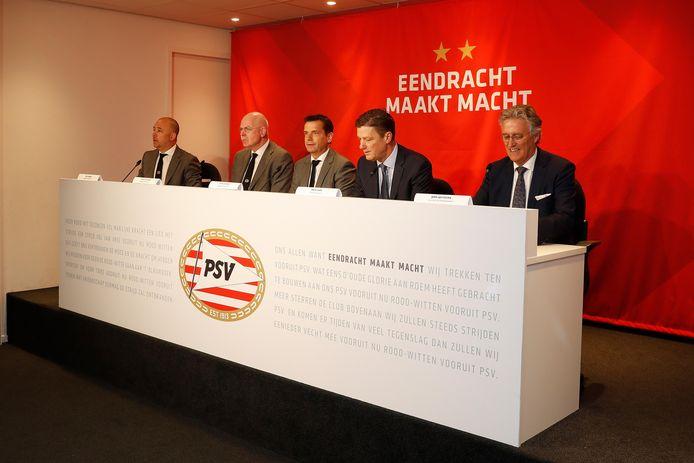 PSV presenteert het nieuwe