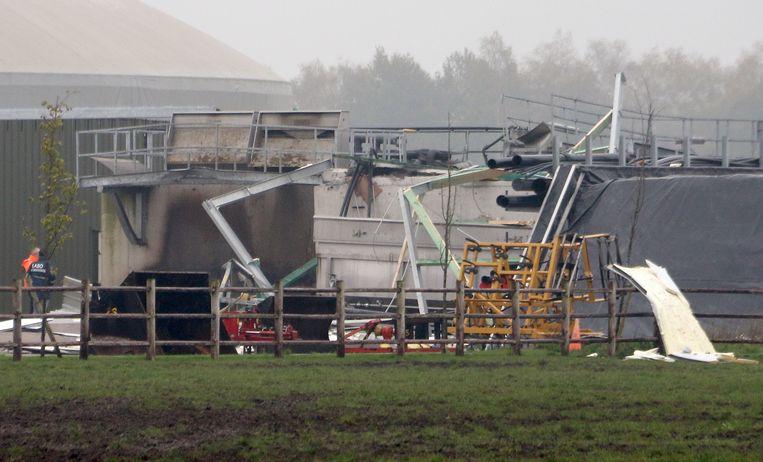 De schade aan de silo is groot, maar het bedrijf ligt niet helemaal stil.