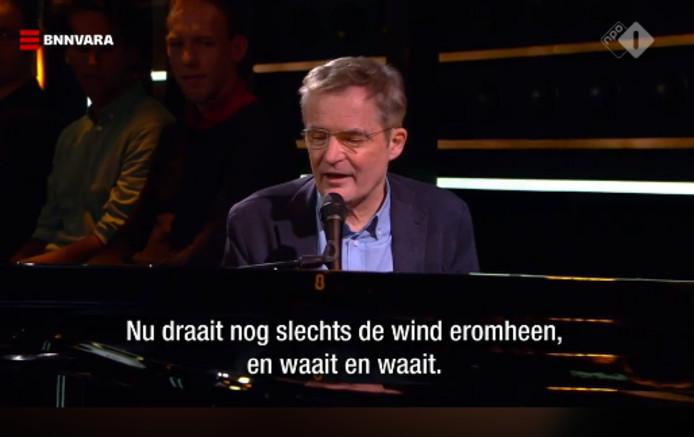 Finkers Eert Wilmink Met Twents Gedicht In Dwdd Enschede