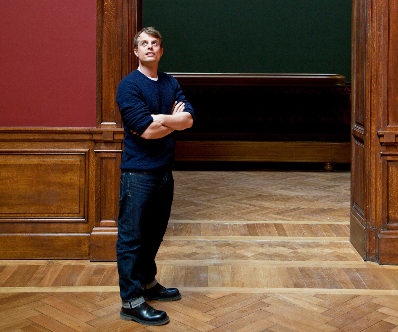 Christian Wijnants aan het werk in het Museum voor Schone Kunsten in Antwerpen: 'Financieel was het een zwaar jaar. We zijn heel flexibel en inventief moeten zijn. Maar kijk: we staan er nog.' Beeld Marleen Daniëls