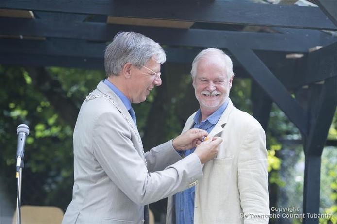 Natuurbeschermer Ysbrand Brouwers is benoemd tot Officier in de Orde van Oranje Nassau
