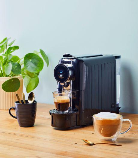 Ontbrandt een koffieoorlog nu Blokker met eigen Nespresso-machine komt?