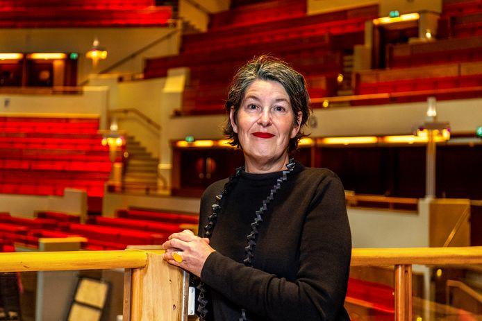 De Utrechtse muziekliefhebber Ellen Visser, al sinds haar studententijd vaste bezoeker van de Grote Zaal in Tivoli Vredenburg.
