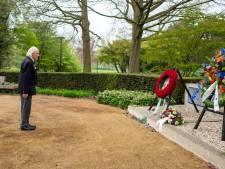 Elk jaar rode rozen voor Anne Frank, maar haar fietsje geeft André Verhoeven nog niet prijs
