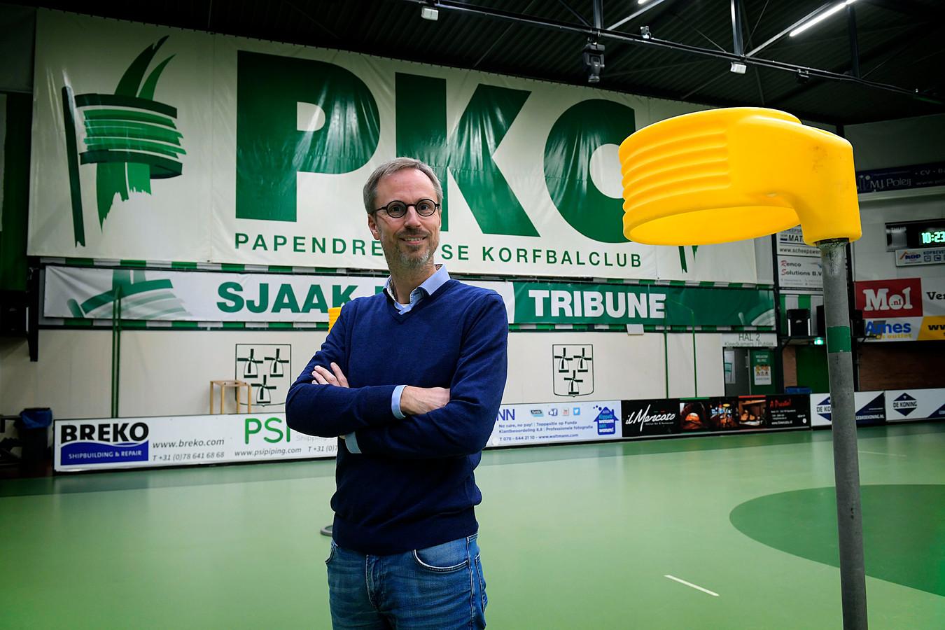 Niels Mooij, voorzitter van de Papendrechtse korfbalvereniging PKC/Vertom: ,,Ik ben ervan overtuigd dat we het einde van de Kofbal League halen.''