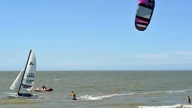 Verkeert een kitesurfer in nood of niet? Een sticker brengt de oplossing