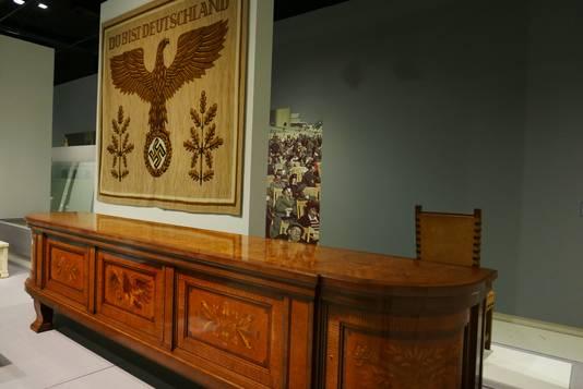 Het dressoir van Hitler is te zien in de tentoonstelling Design van het Derde Rijk in het Design Museum Den Bosch.