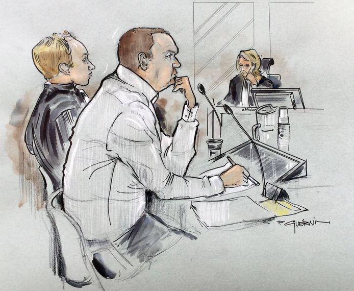 Rechtbanktekening.  De Haagse Richard B. (45). Hij zou jonge vrouwen op gruwelijke manier hebben misbruikt. Ook zou hij tonnen uit de kas van de kerk waar hij lid van was achterover hebben gedrukt.