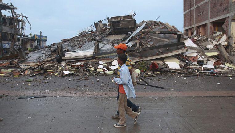 Een aardbeving met een kracht van 7.8 op de schaal van Richter trof vandaag Ecuador. Beeld epa