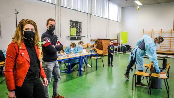 """OVERZICHT. Deze scholen sluiten de deuren uit vrees voor Britse coronavariant: """"Alle leerlingen meteen uit de klassen gehaald"""""""