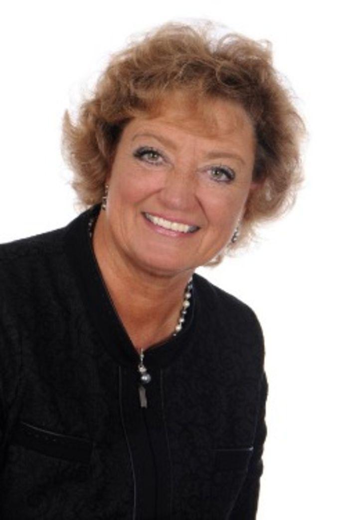 Burgemeester Manon Pelzer staat er alleen voor in Bergen.