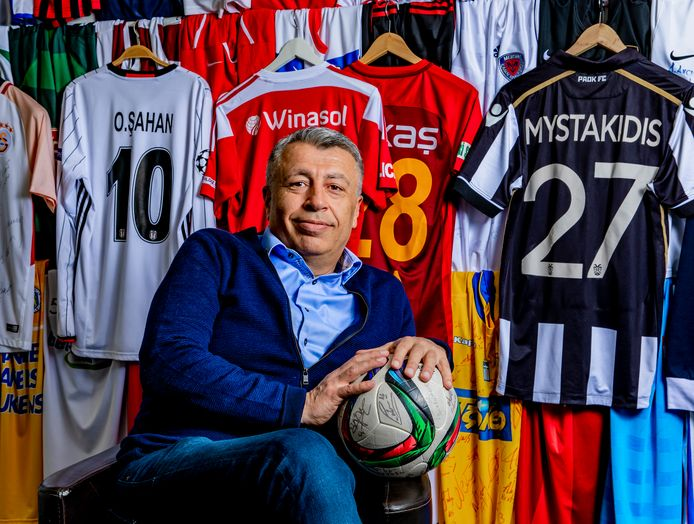 Zaakwaarnemer Atalay Mutlu sprak Maradona recent nog.