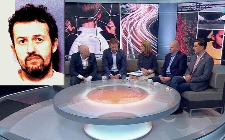 Steve Walters (tweede van links) en Andy Woodward (rechts) getuigen op de BBC hoe ze jarenlang door voetbalcoach Barry Bennell (inzet) werden misbruikt. Beeld rv