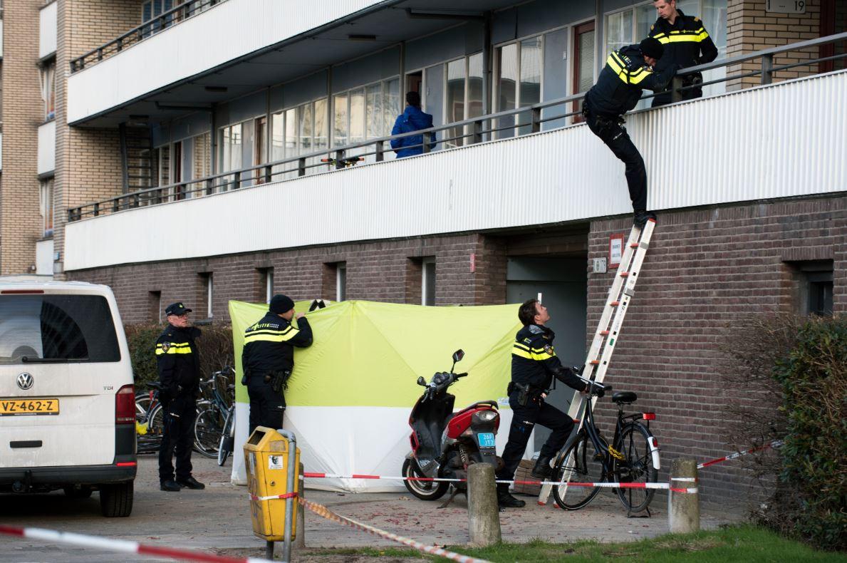 Politie doet onderzoek op de Faustdreef.