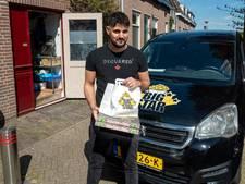 Cafetariahouder krijgt ene na andere boete voor foutparkeren; 'Maar bezorger wacht alleen op bestelling'