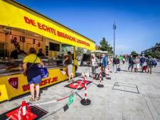 Stad ondervraagt marktkramers over mogelijke verhuis naar Markt en Burg, maar kiest uiteindelijk toch voor 't Zand