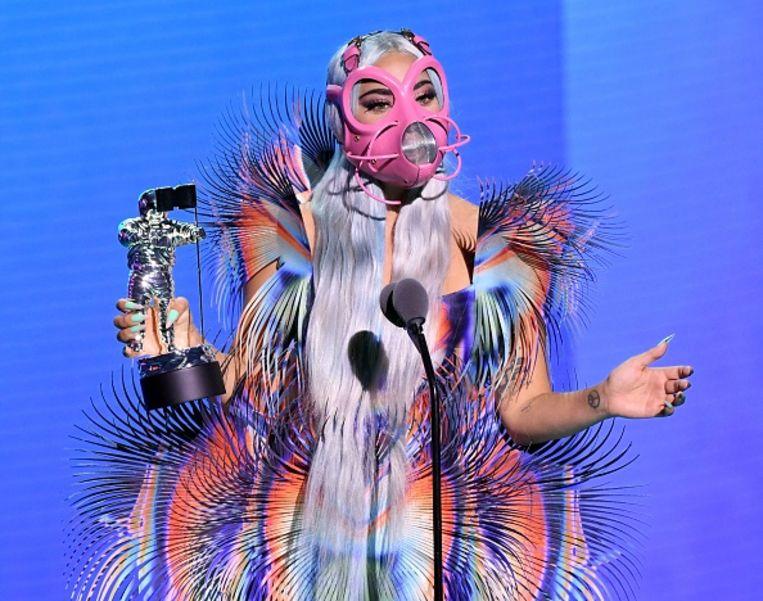 Lady Gaga bij de MTV Video Music Awards-uitreiking op 30 augustus: de jurk is ontworpen door Iris van Herpen. Beeld Getty Images for MTV