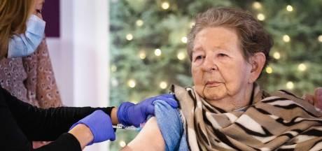 Effect vaccineren zichtbaar: besmettingen in verpleeghuizen dalen