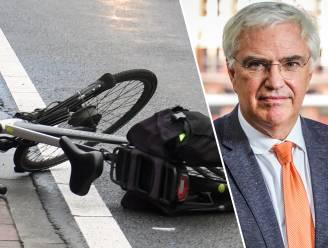 """West-Vlaams gouverneur wil alle 60-plussers op fietscursus sturen: """"Betrokkenheid tweewielers bij ongevallen was nooit zo groot"""""""