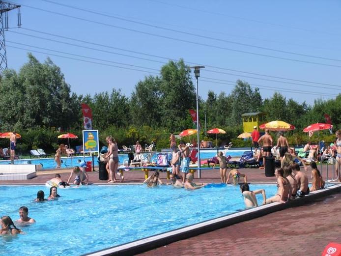 Zwembad De Stok : Vvd: zwembad de stok is te beperkt open roosendaal bndestem.nl