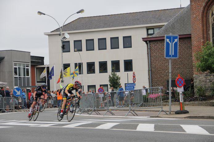 Sfeerbeelden uit de straten van Lendelede tijdens het BK wielrennen voor nieuwelingen 2019.