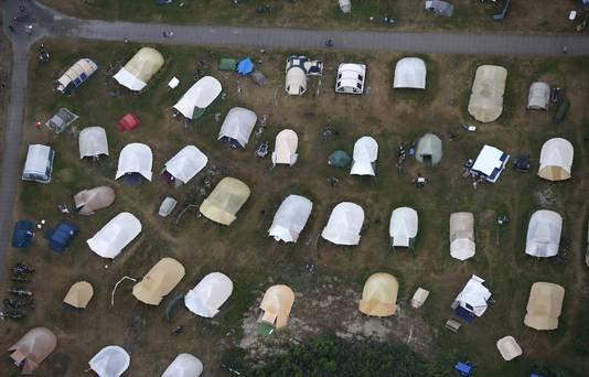 Luchtfoto van een camping op Vlieland.