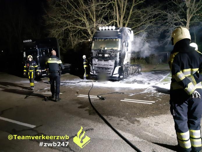 Aan de Ottergeerde stond een vrachtwagen in brand.