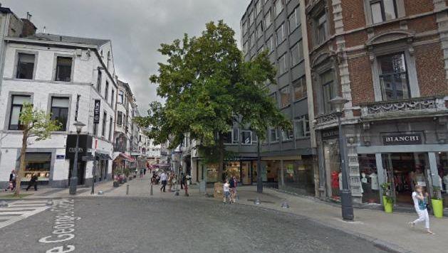 La rue Vinâve d'Île, l'une des principales artères commerçantes de Liège.