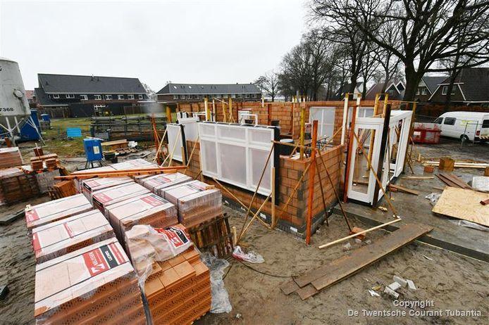 Het wordt voor de inwoners van de gemeente Hellendoorn steeds moeilijker om binnen de eigen gemeentegrenzen nog een betaalbare woning te vinden.