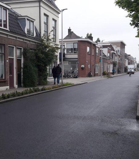 De bus rijdt in augustus vaker door de Oudwijkerdwarsstraat: dit is waarom