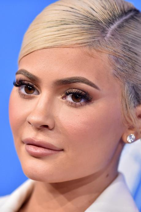 Kylie Jenner (21) eet voor het eerst melk bij cornflakes: 'Dit verandert alles'
