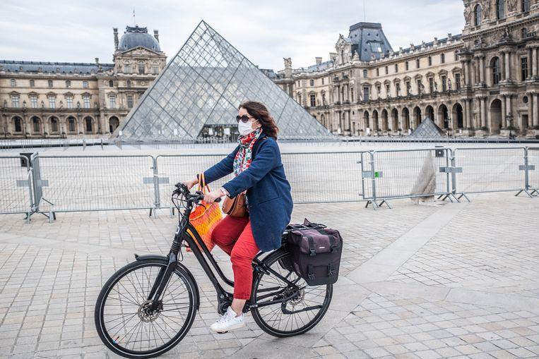 In Parijs is 50 kilometer extra fietspad aangelegd. Beeld Joris van Gennip