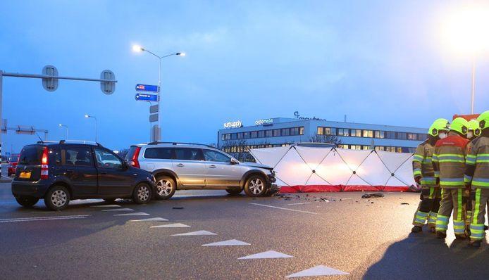 Behalve de overleden man, raakte er niemand gewond bij het ongeluk.