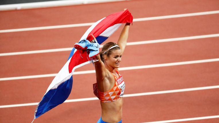 Dafne Schippers viert haar overwinning. Beeld ANP