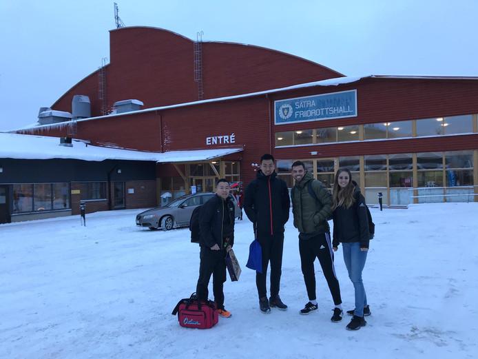 De tolk, Yuma, Eelco Sintnicolaas en vriendin Elin Westerlund.