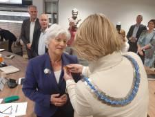 Koninklijke onderscheiding voor Hanny van Brakel bij afscheid van gemeenteraad