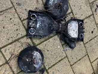"""Hoverboard vat vuur in woning in Schaarbeek, brandweer waarschuwt: """"Wees waakzaam als je batterij oplaadt"""""""