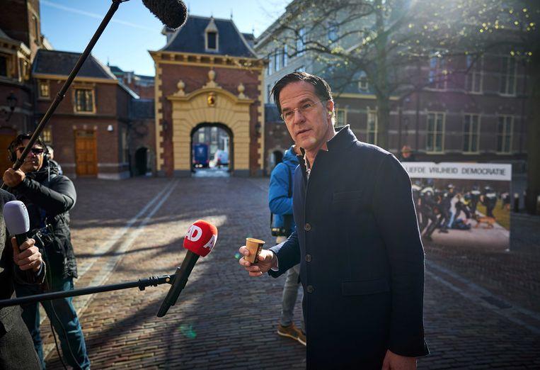 Demissionair Premier Mark Rutte op het Binnenhof.  Beeld ANP - Phil Nijhuis