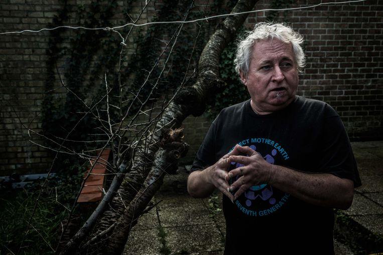 Alain De Coessemaeker: 'Ik wist wel dat er elke dag 1.000 euro bij kwam, maar dat had iets irreëels. als die bomen maar verplaatst werden, toch?' Beeld Bas Bogaerts