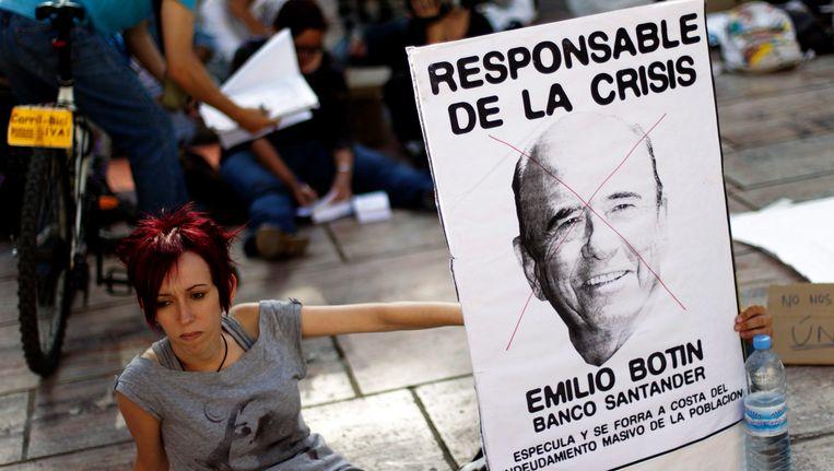 Emilio Botin van Banco Santander was vorige maand al kop van Jut op de Spaanse jongerenprotesten. Beeld EPA