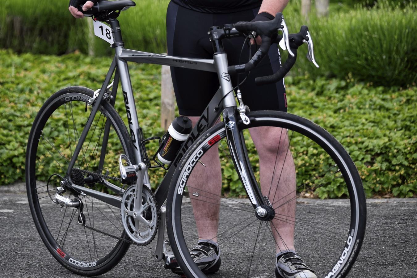 Illustratiebeeld: de fiets en wielertoerist op de foto hebben niks te maken met de aanrijding