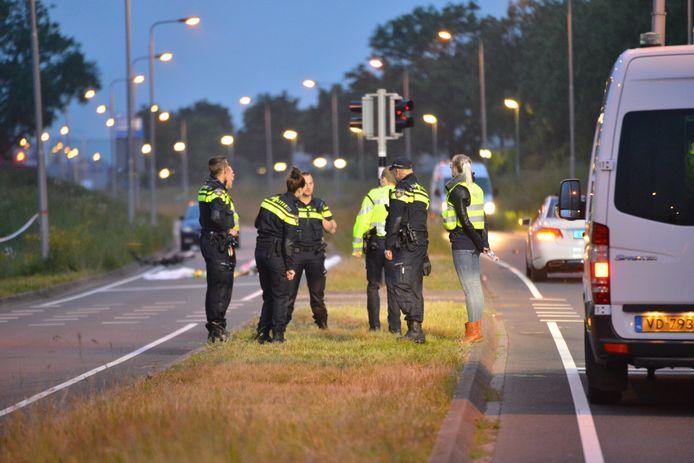 Politie doet onderzoek na de aanrijding waarbij Sten Ideler overleed.