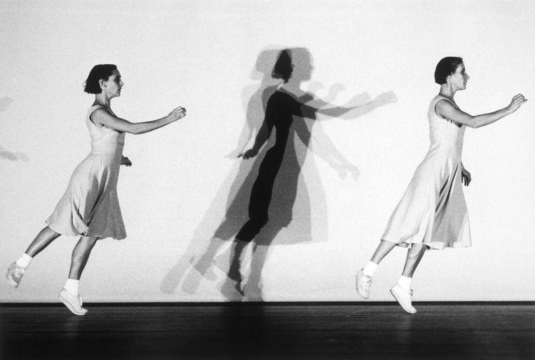 Fragment uit de dansvoorstelling 'Fase, Four Movements to the Music of Steve Reich Fase' van Rosas. Beeld Herman Sorgeloos