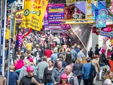 300.000 mensen op Roze Maandag; parkeergarages bomvol