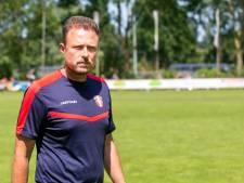 Kersverse vader Santoni speelt vanavond met FC Dordrecht tegen oude club Almere City FC