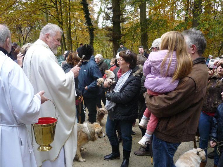 De Sint-Hubertusviering lokte veel baasjes met hun honden.