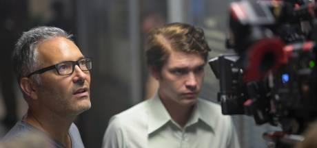 """Hans Herbots, le réalisateur belge derrière la série à succès """"Le Serpent"""": """"Je reçois des messages du monde entier"""""""